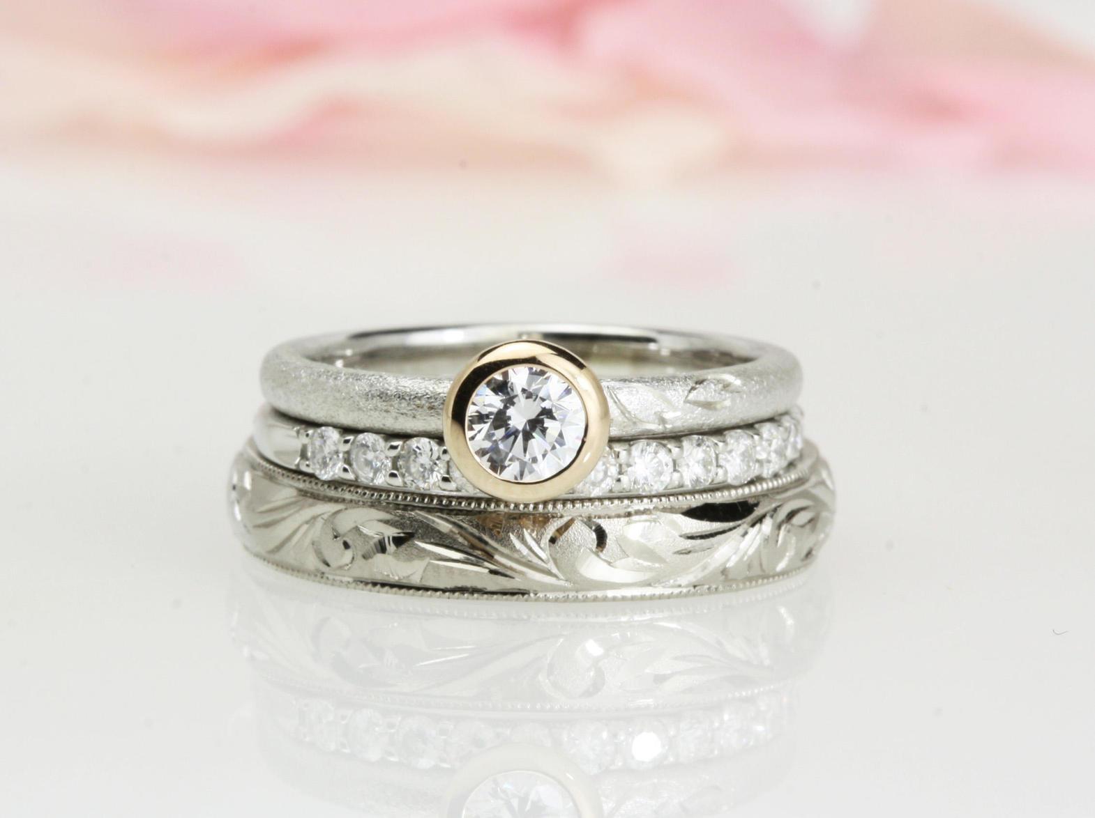 結婚指輪の3点セット【手彫り】