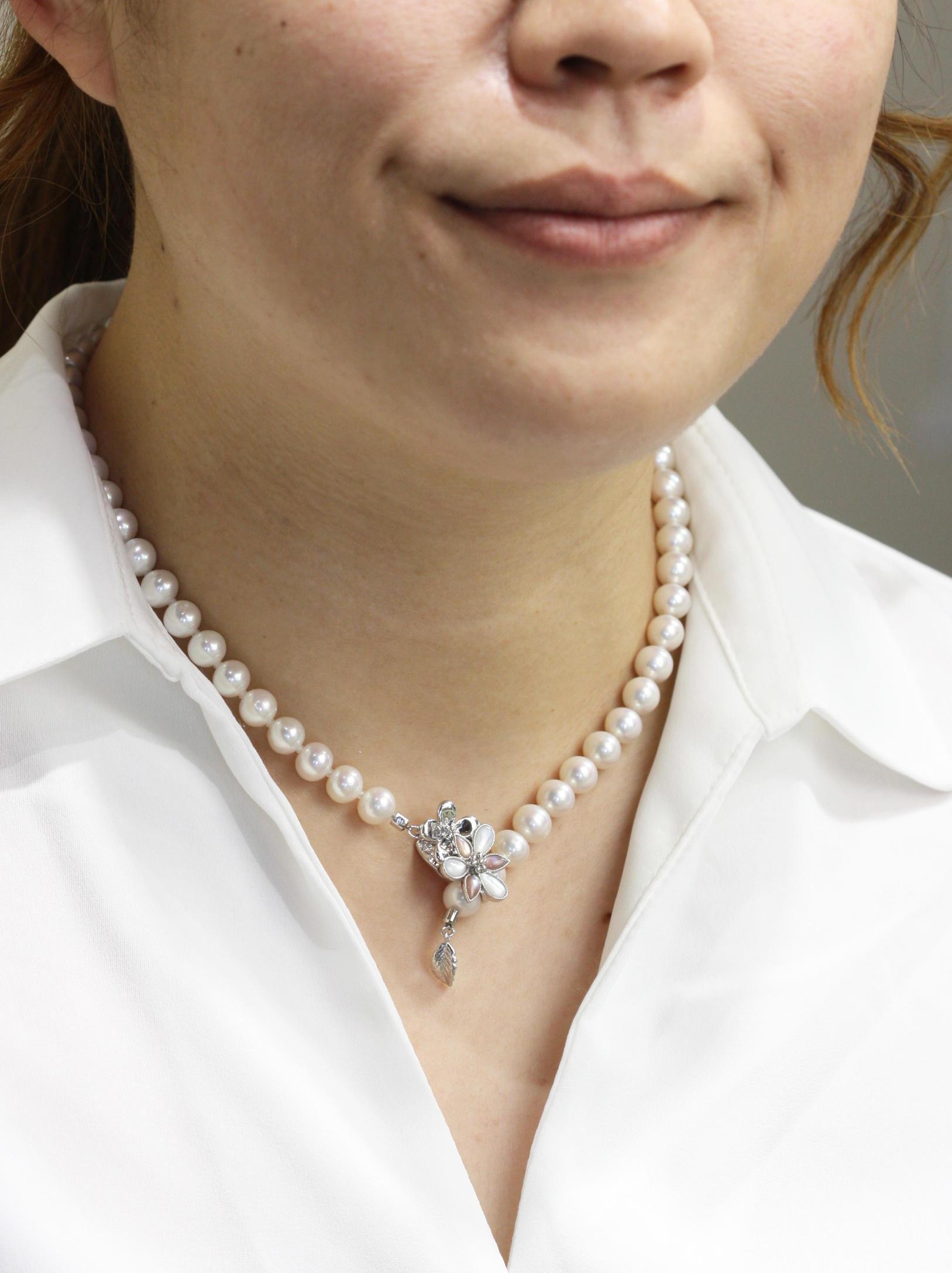 真珠ネックレスのマグピタ加工
