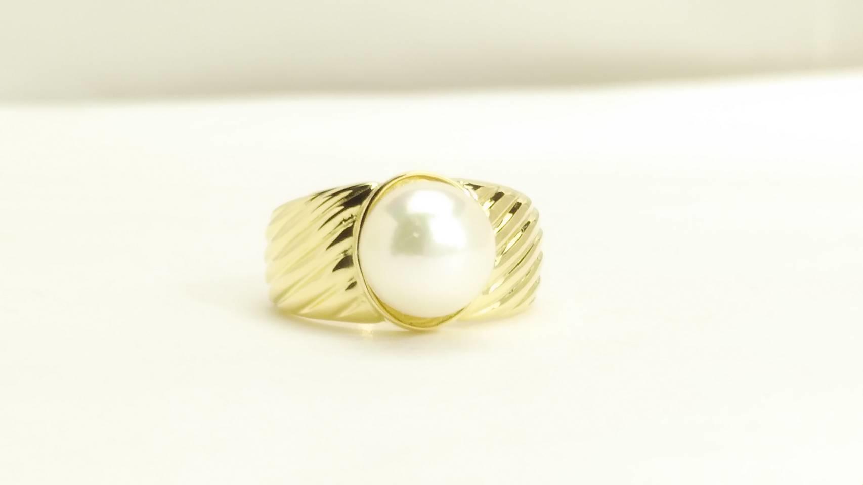 真珠の芯タテ加工と接着修理