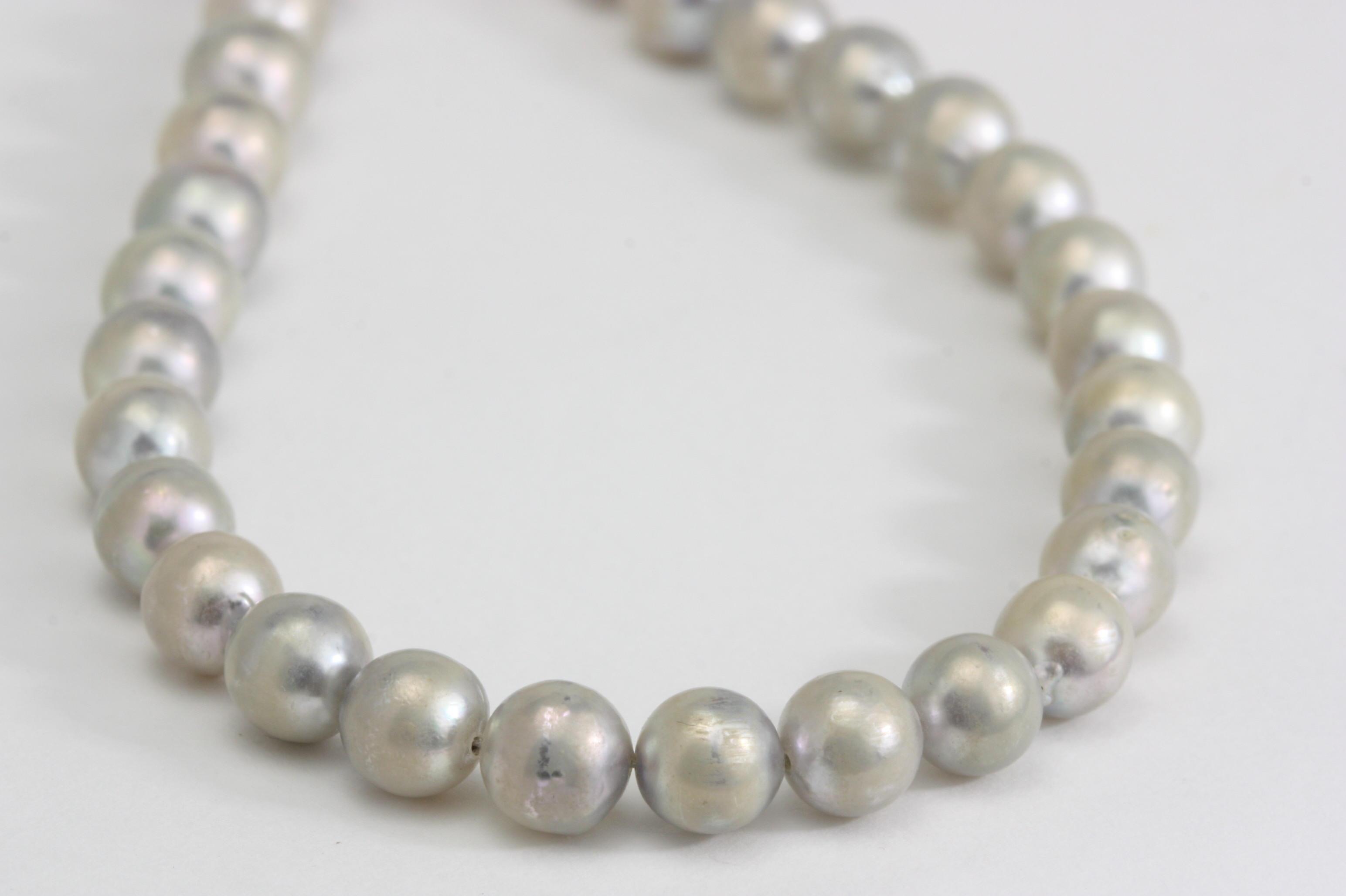 グレイの和珠真珠ネックレスのお掃除と磨き