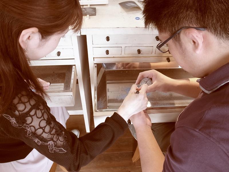 サイドに刻印♪守ってあげたい 手作り結婚指輪