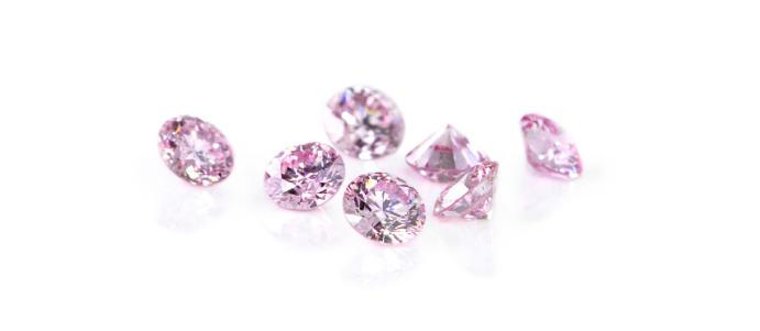 ピンクダイヤモンド緊急入荷!